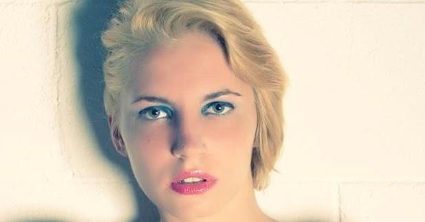 Angeli volati via angeli volati in cielo alexandra - Camera ragazza 20 anni ...