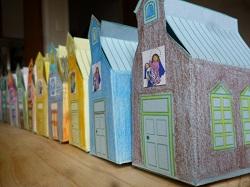 Cajitas en forma de escuela para regalar a los maestros
