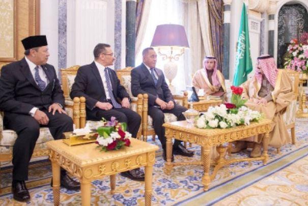 Hishammuddin menghadap Raja Saudi bukan kerana 'derma' RM2.6 bilion