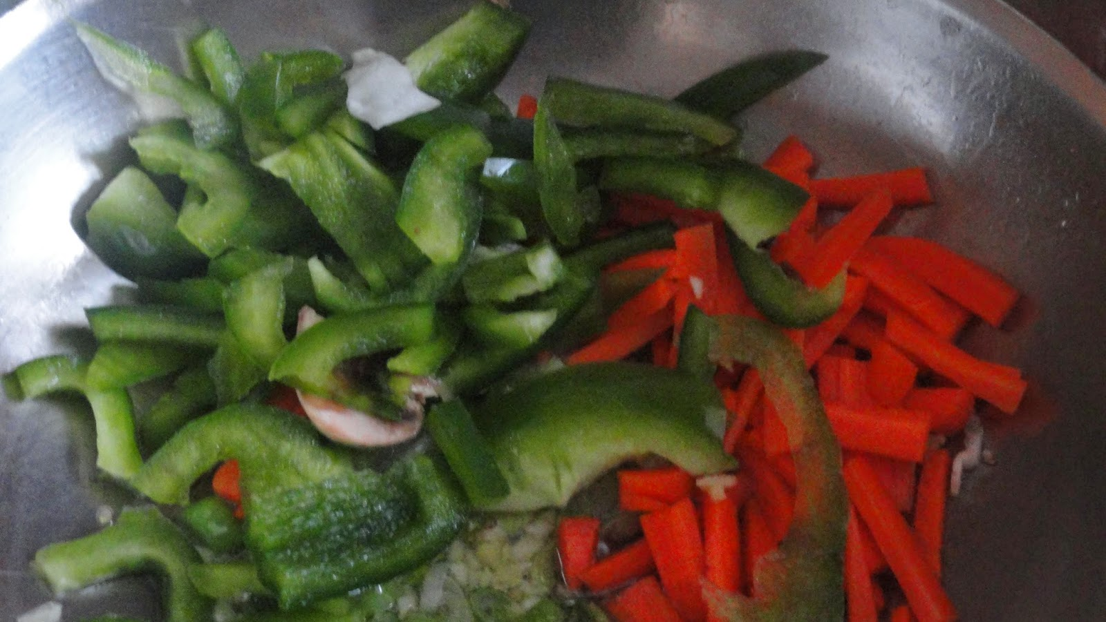 add bell pepper and carrots for vegetable fried rice