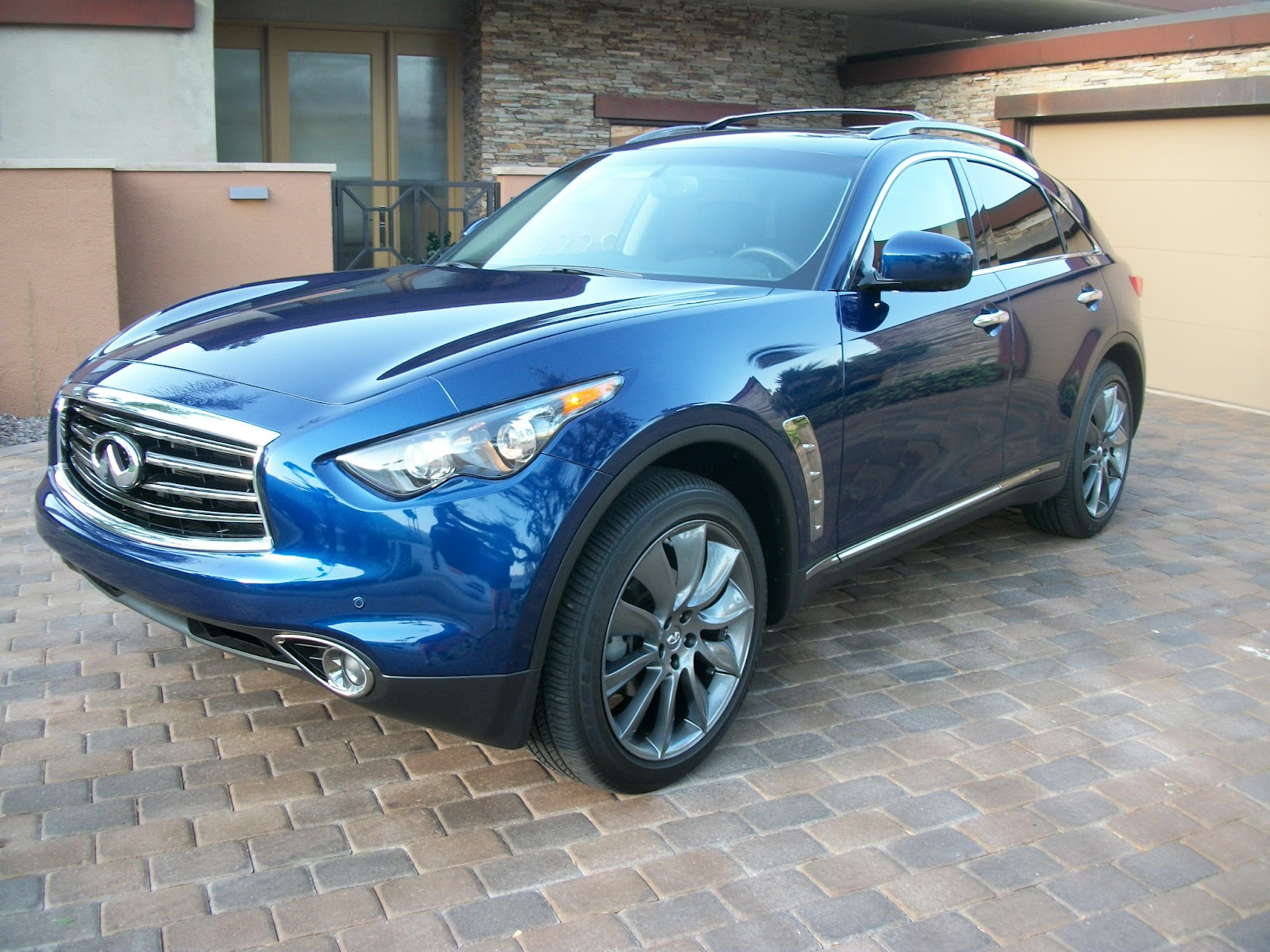 palm springs automobilist behind the wheel 2012 infiniti fx35 awd limited edition tell jaguar. Black Bedroom Furniture Sets. Home Design Ideas
