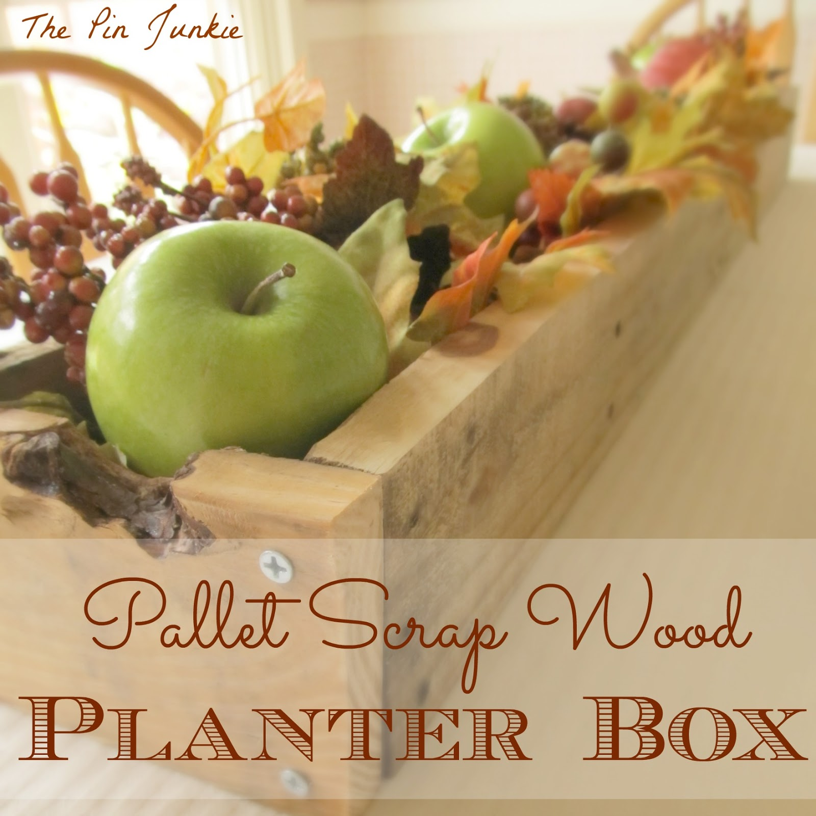 planter-box-made-from-pallet wood