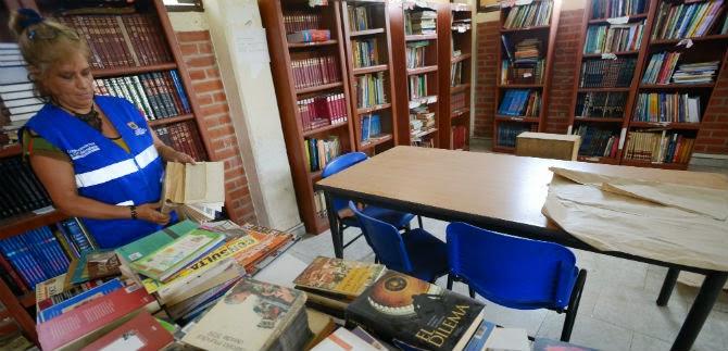 Biblioteca  Pública  Francisco J. Ruiz