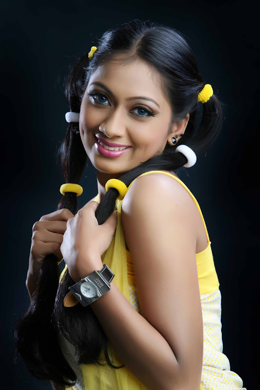 Telugu Actress Udaya Tara Photo Gallery hot images