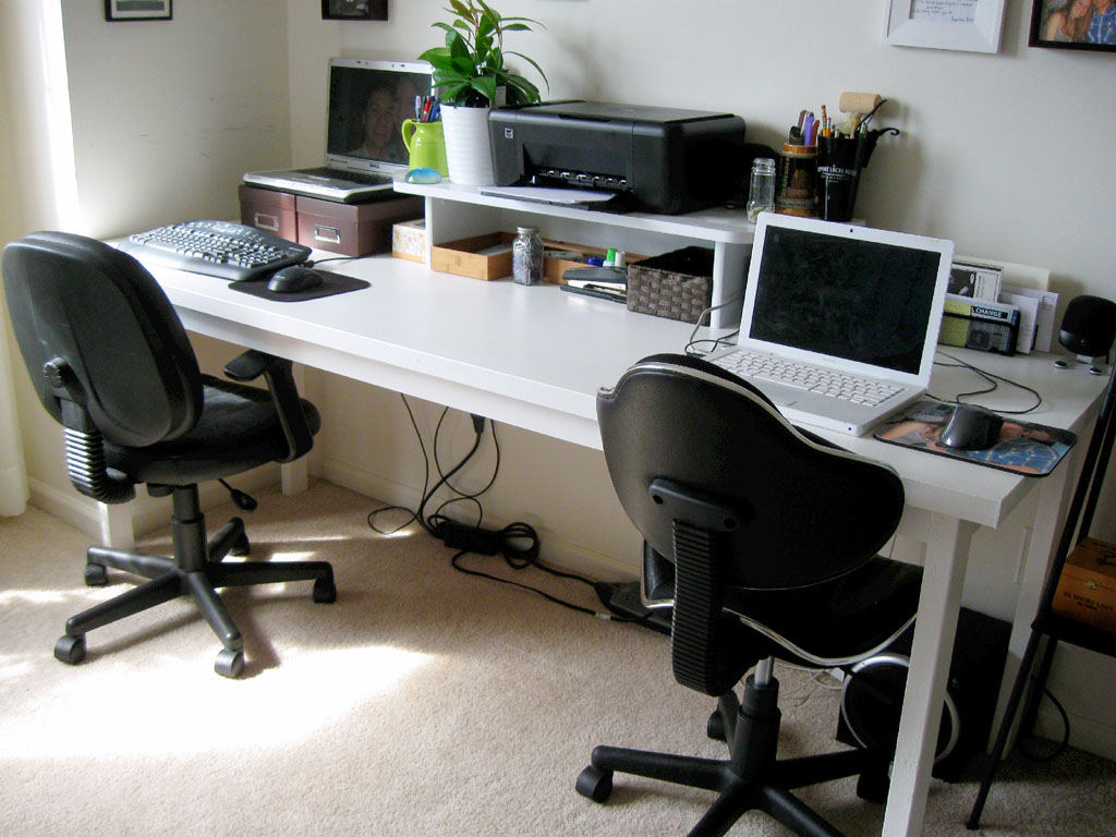 turning a house into a home creating beauty on a budget diy desk amazing diy home office desk 2 black