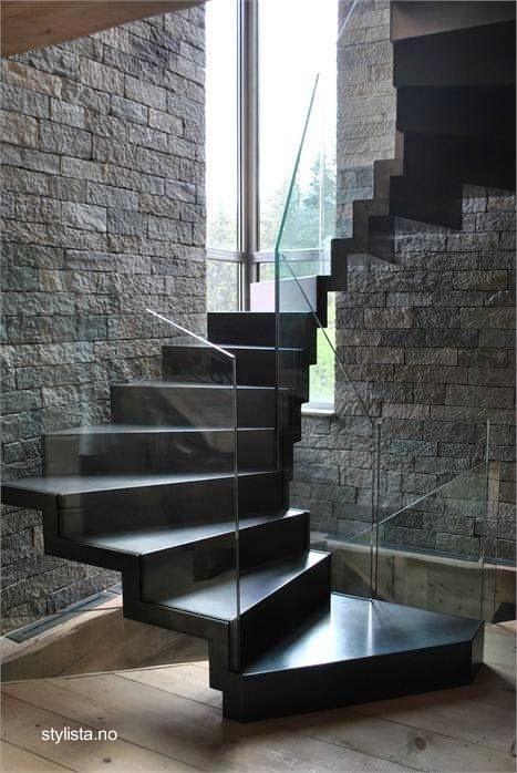 Escalera moderna de interior