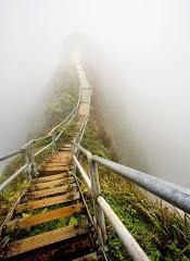 Pelos caminhos que ando, um dia vai ser .Só não sei quando. (Paulo Leminski).