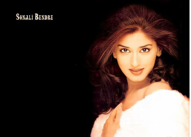 Sonali Bendre HD Wallpaper