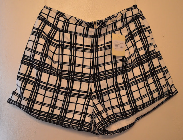 Checkered Shorts Ina Fashion