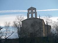 L'església de Santa Magdalena a primeres hores del matí