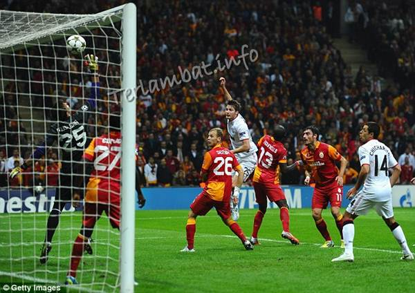 Hasil Pertandingan Galatasaray VS MU