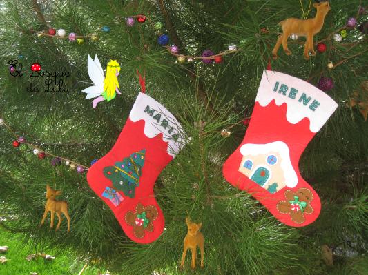 botas-calcetin-Navidad-fieltro-personalizado-galleta-jengibre-casita-arbol-regalo-Papá-Noel