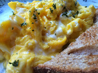 Perfect Scrambled Eggs from Top Ate on Your Plate