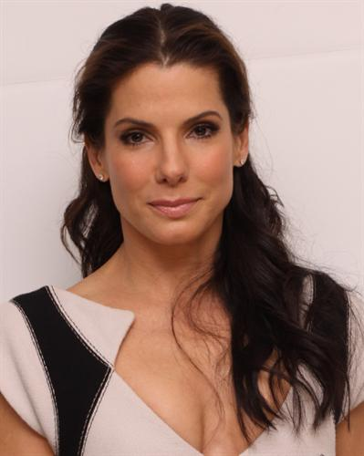 Sandra Bullock Hairsty... Sandra Bullock