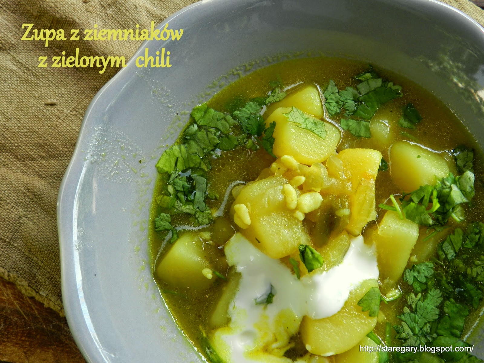 Zupa z ziemniaków z zielonym  chili