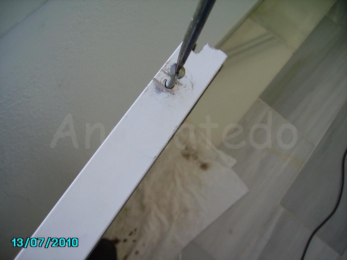 Cómo cambiar las ruedas de un ventana corredera de aluminio ~ Angelatedo