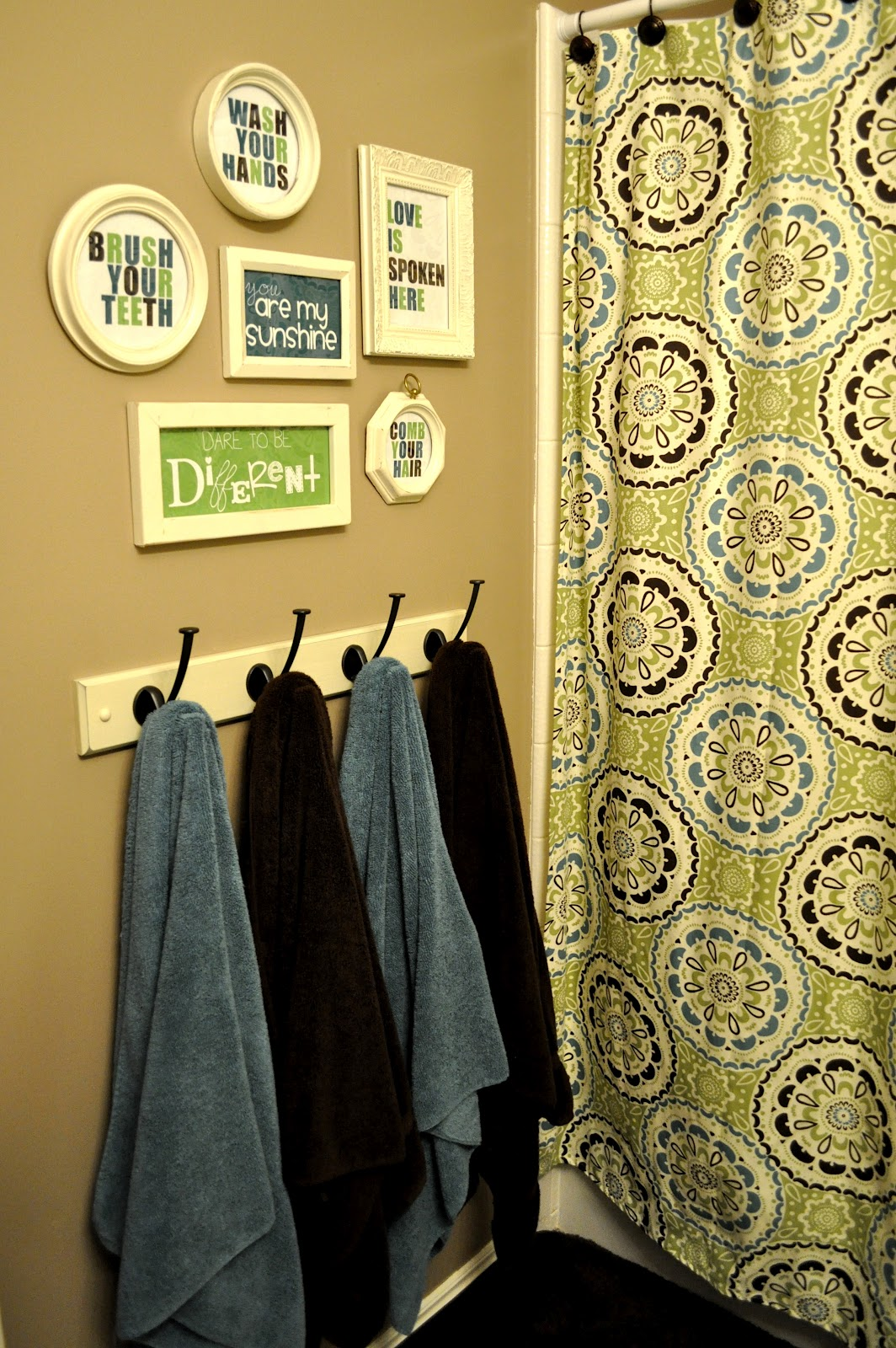 Bathroom Re-do | I Heart Crafty Things