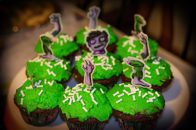 A tray of zombie cupcakes.