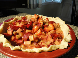 Unbaked strawberry-rhubarb pie