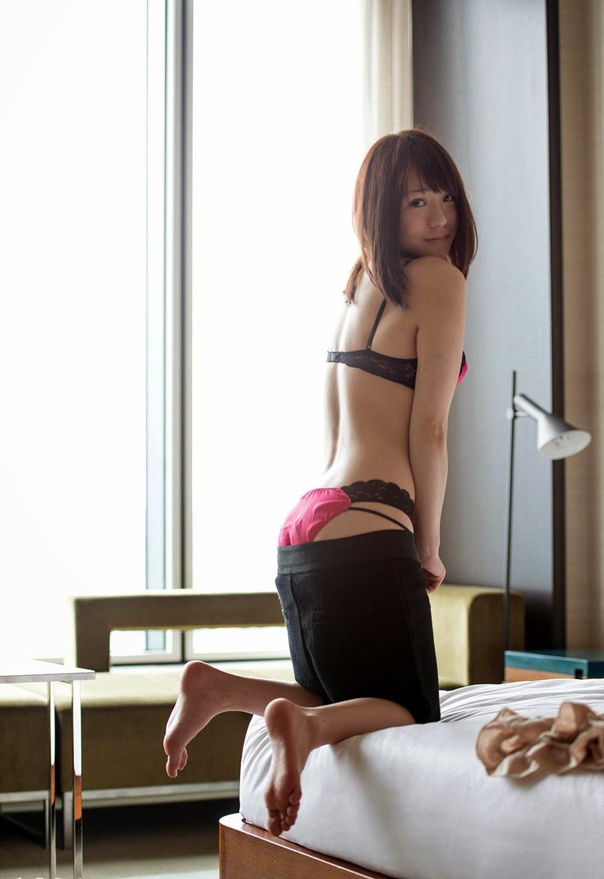 rei narumi topless photos 04