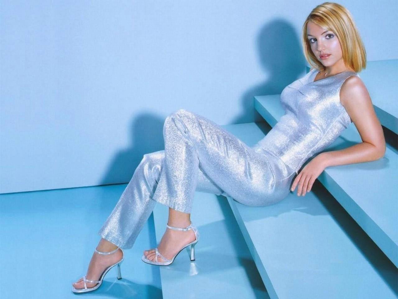 http://1.bp.blogspot.com/-go3OP_GYYq8/TfuRKpYpGOI/AAAAAAAABfo/5frmNbodY0w/s1600/Britney-Spears-102.jpg