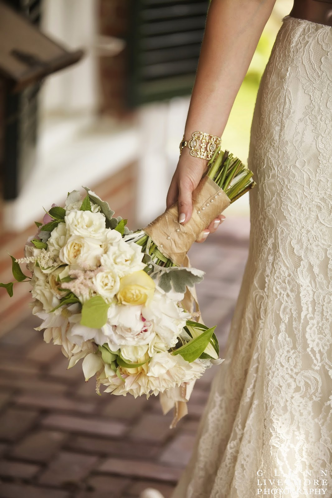 lace bridal gown : new england summer estate wedding : lanam club : glenn livermore photography : les fleurs : ivory & champagne : peony, garden rose & dahlia