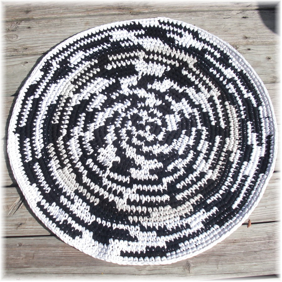 Debs Crochet: My Crochet Today New Rag Rug Design