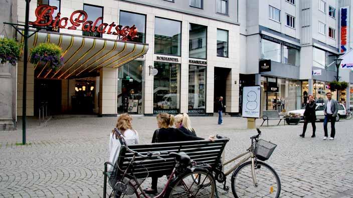 """Ting och Design""""Svenssons i Malmö"""""""