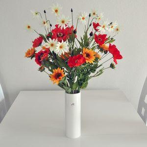 idee cadeau original voyage bouquet de fleurs artificielles champ tre. Black Bedroom Furniture Sets. Home Design Ideas