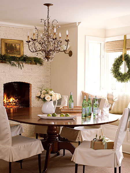 Home interior design christmas decoration part 1 for Dining room with fireplace