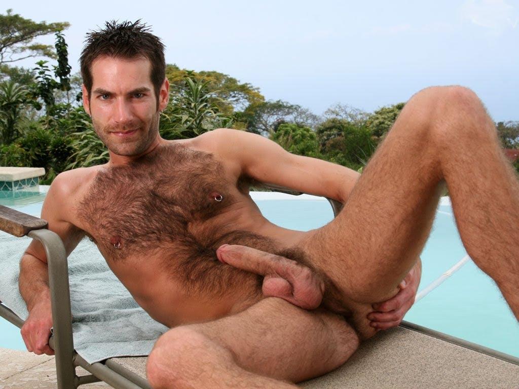 acompañantes masculinos para hombres baños publicos gay