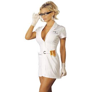 azgın doktor yatak fantezisi ile hastasını tedavi ediyor
