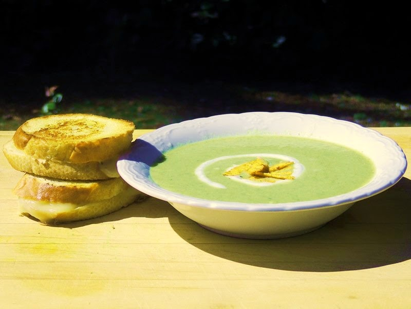 Green Chili Soup with Mini Jalapeno Havarti Grilled Cheese from www.bobbiskozykitchen
