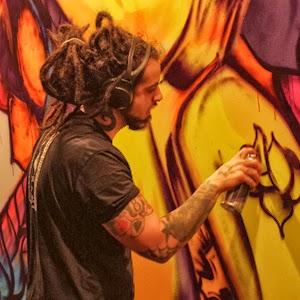 Grafite no mural da feira