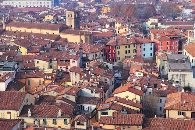 I tetti di Brescia visti dal Castello