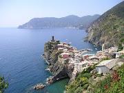 Cinque Terre, North Italy. Picture SourceFlickr , AuthorTamas . (cinque terre)