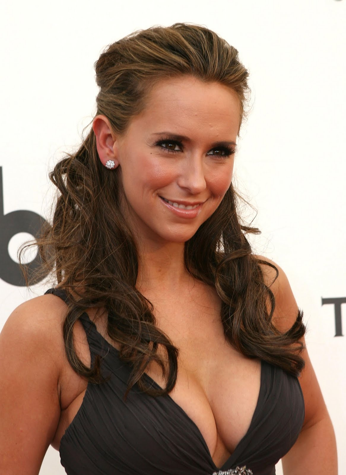 Celebrity Hairstyles Jennifer Love Hewitt