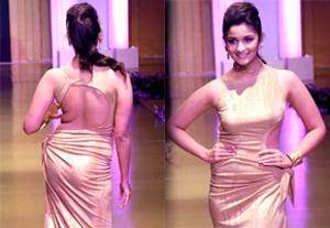 Top Wardrobe Malfunction Pics of Bollywood Actresses