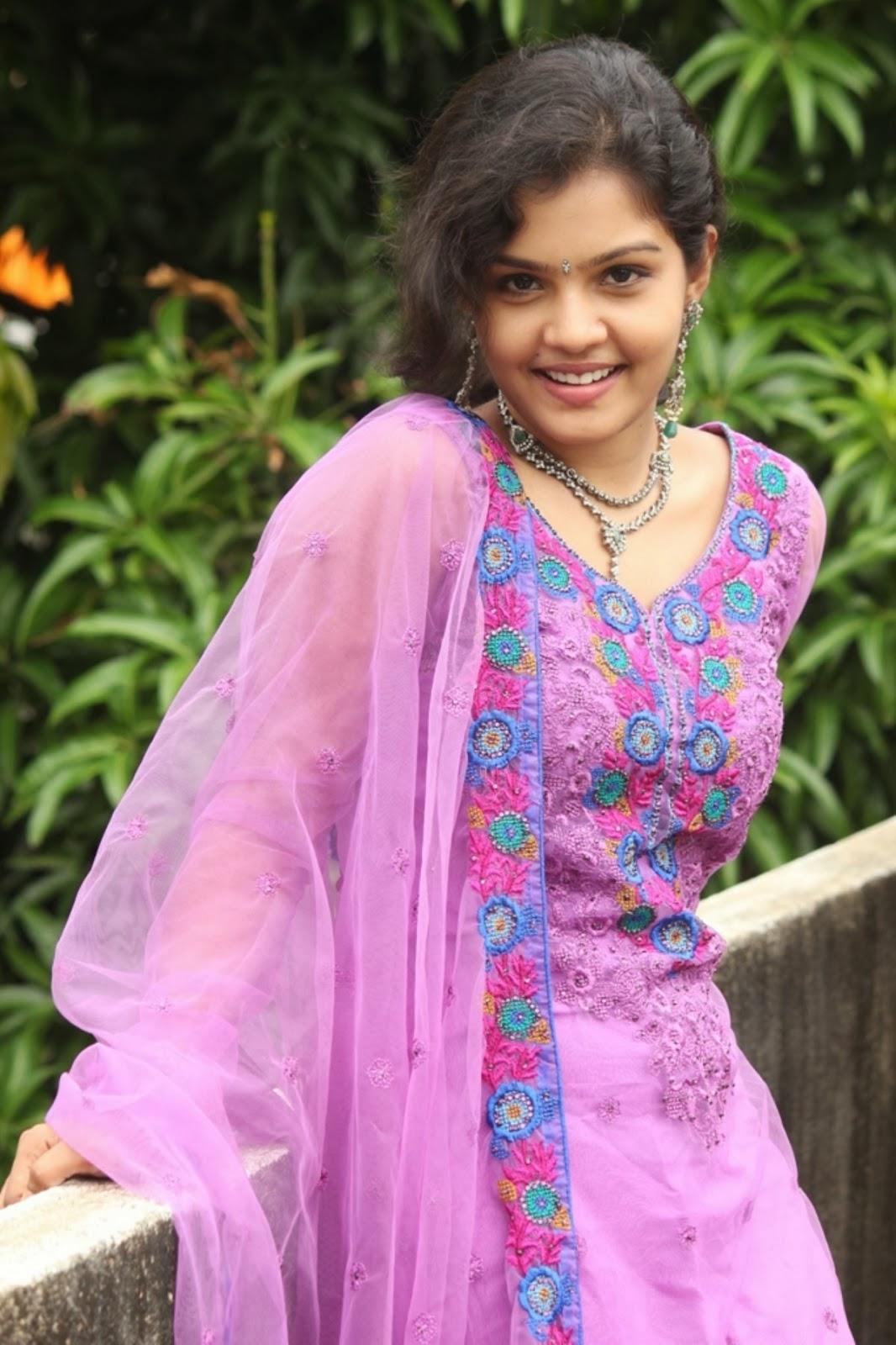Alia bhatt in bikini khanki - 1 part 10