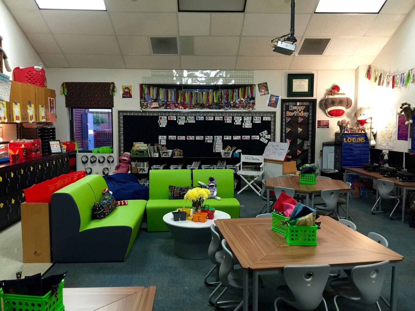 Loopin Littles TeacherWeek15 Classroom Reveal