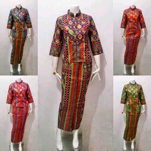 Model Baju Batik Wanita Queen Prodo Series Batik Bagoes Solo