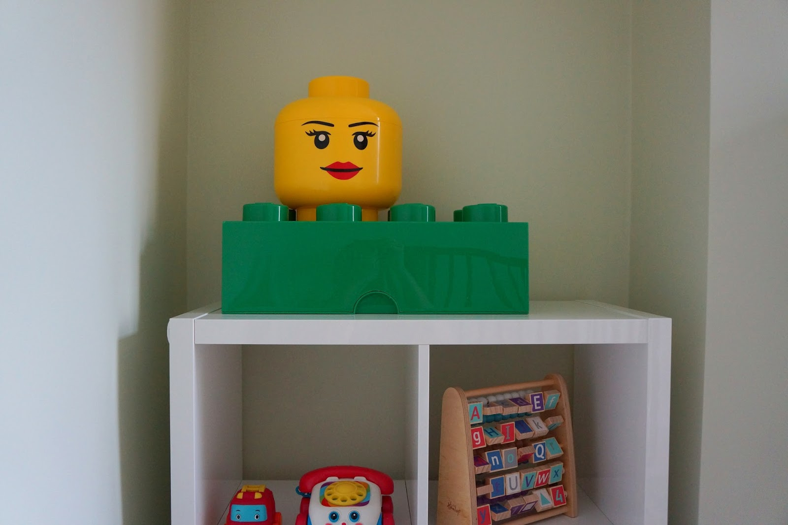 lego bricks storage head