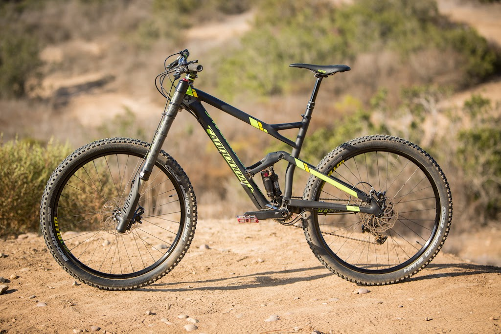 Bike News, Carbon Mountain Bike, Look Closer, New Technology, Report, cannondale jekyll lefty, cannondale jekyll carbon team, cannondale lefty carbon team