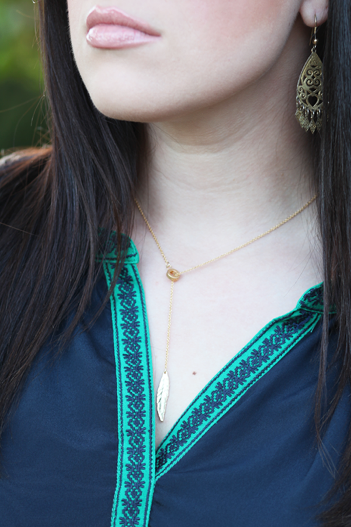 gold-feather-necklace-le-tote-collective-concepts-blouse