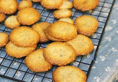 (Bánh Quy Vừng) - Cookie with Sesame