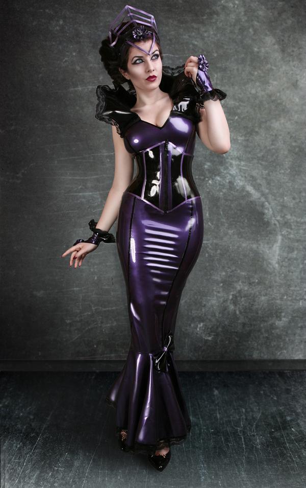 Mai 2012 La Esmeralda Alternative Model