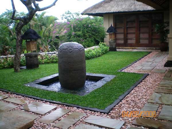 Minimalist Tropical Garden Design