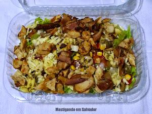 Pita Pit: Salada Caesar com Frango