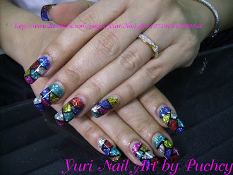 yuri nail art