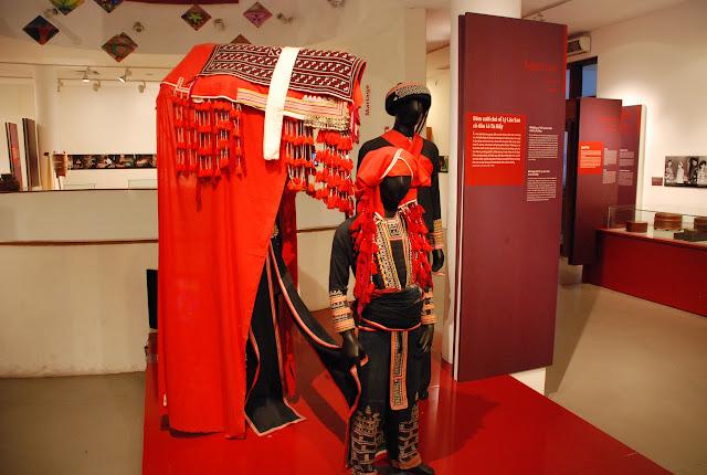 Tham quan Bảo tàng phụ nữ Việt Nam ở Hà Nội